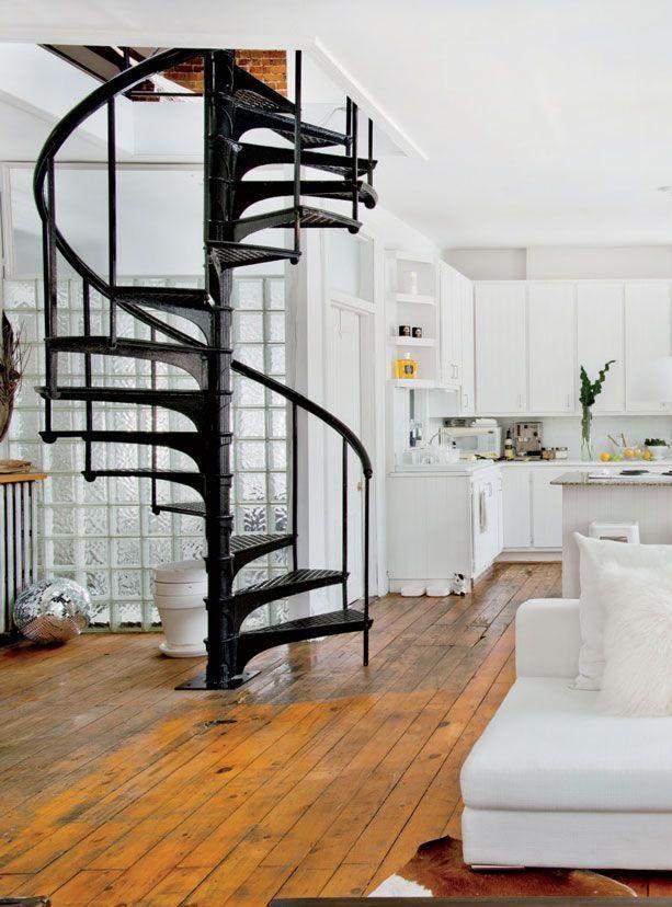 Escaleras caracol uno propiedades blog - Escaleras de caracol minimalistas ...